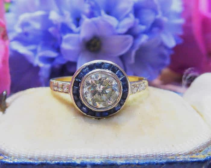 Art Deco 18ct gold, Sapphire and Diamond ring