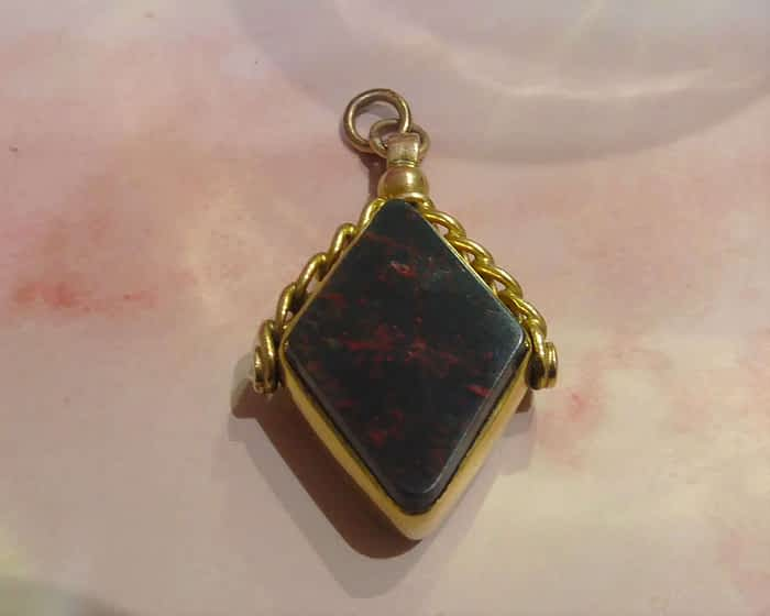 Edwardian 9ct gold double sided fob dated 1903