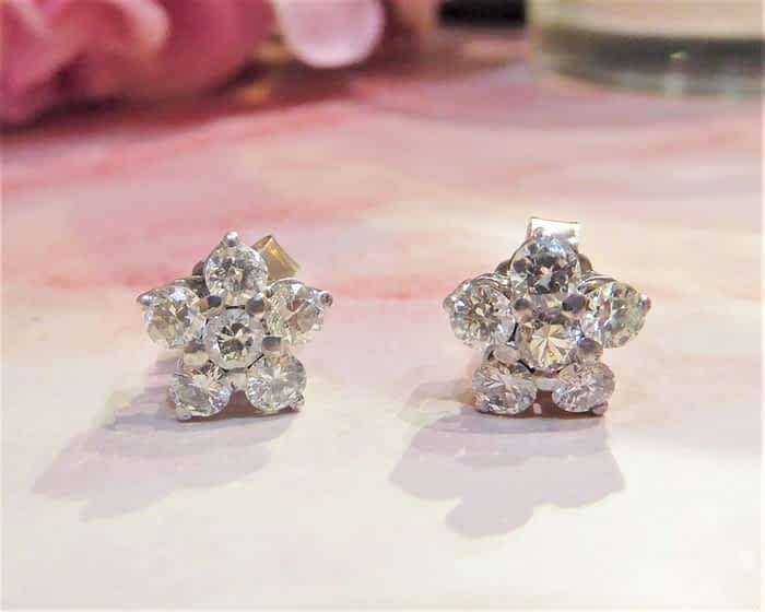 Diamond Stud Earrings, 18ct White Gold, Cluster, 1ct.