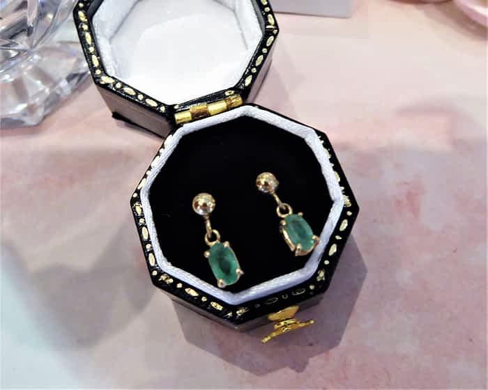 9ct Gold & Emerald Small Drop Earrings