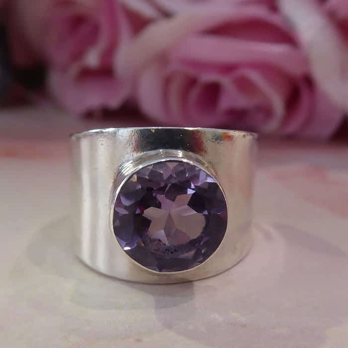 Silver thick band ring with amethyst stone