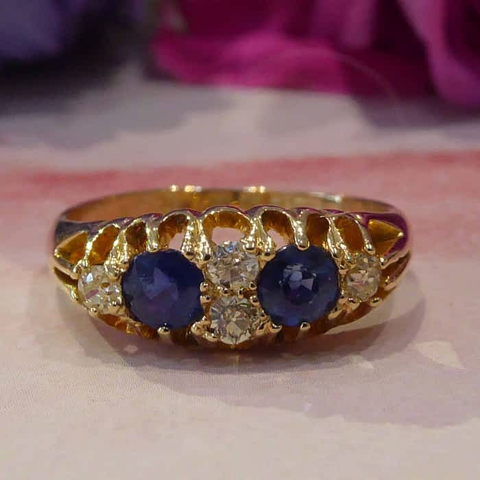Antique Sapphire and Diamond ring, 18ct gold, Edwardian