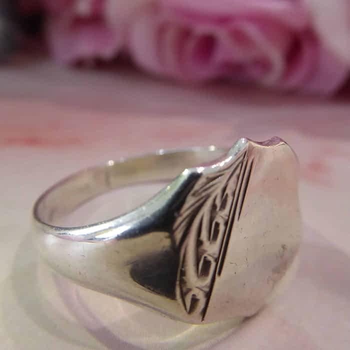 Vintage silver signet ring