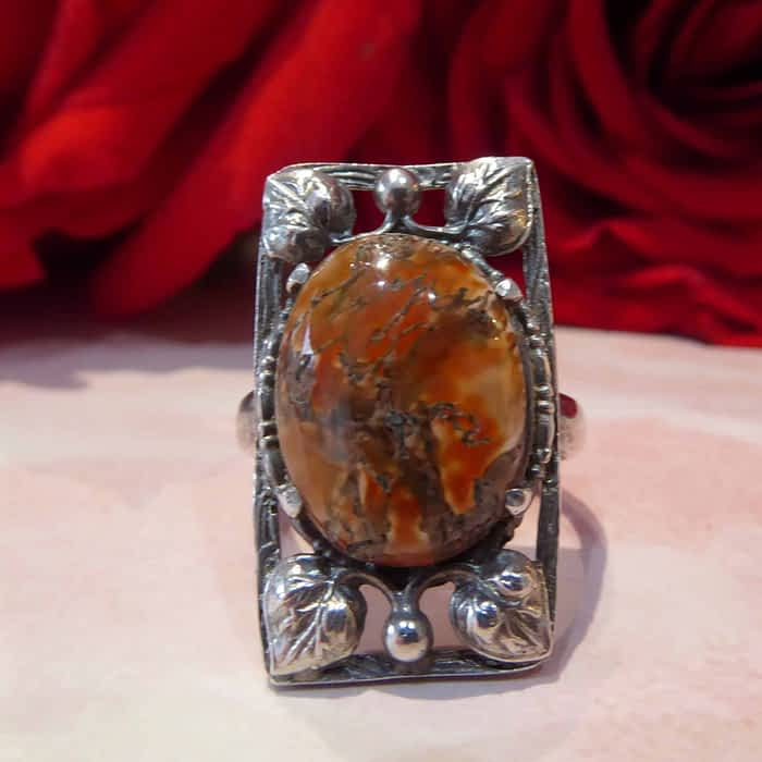 Art Deco Silver and Agate Ring