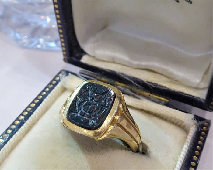 Antique Gold Signet Ring, Victorian 18ct Gold Seal Ring