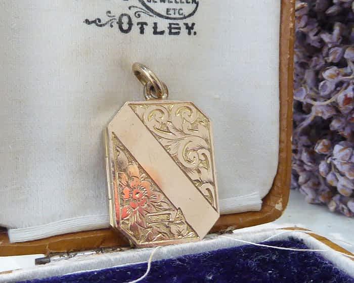 Antique Locket, Victorian, Gold Back & Front