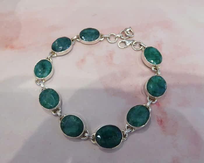 Silver & Cabochon Emerald Oval Link Bracelet