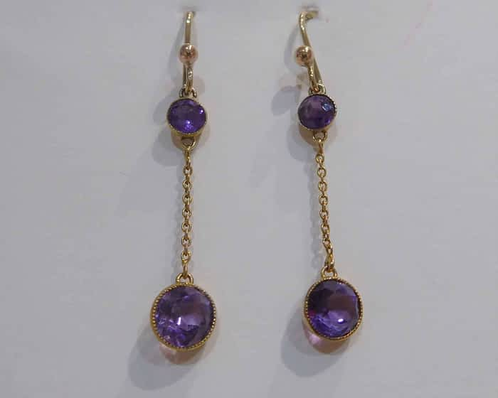 Victorian 9ct gold and amethyst drop earrings
