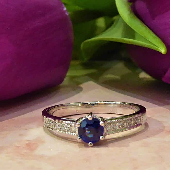 Sapphire and Diamond Ring, Vintage Style, 18ct White Gold