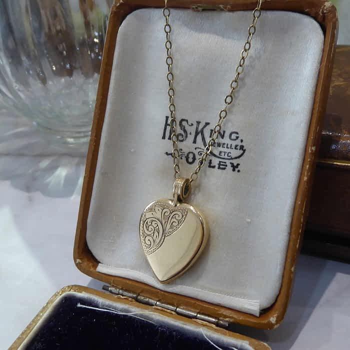 Vintage Gold Locket, 9ct Gold Heart Locket